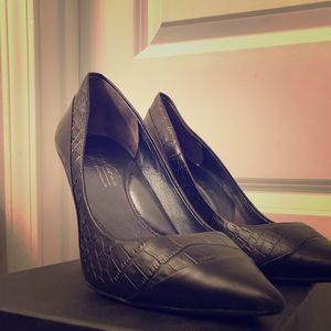 Kenneth Cole Date Me pump